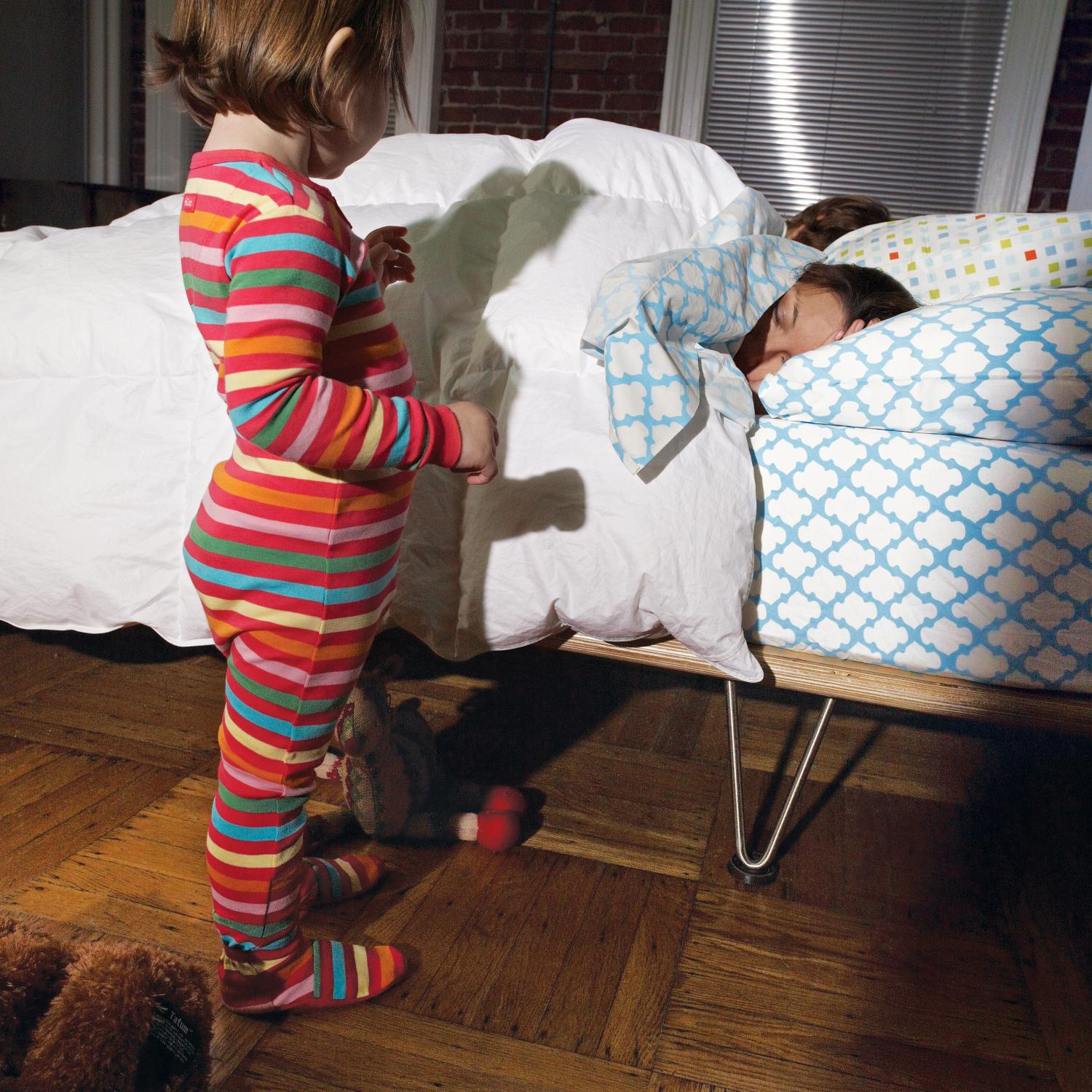 My Parents Bedroom: How To Get Your Kid To Sleep In Her Own Bed
