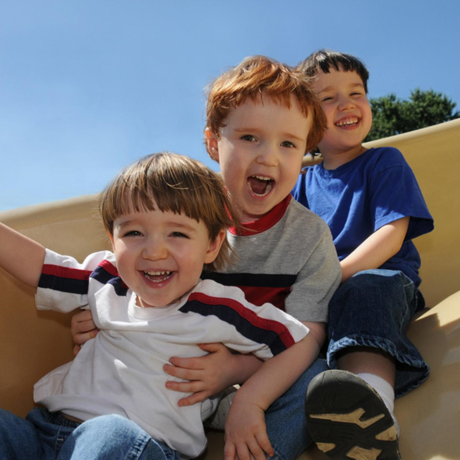 8 Reasons Being the Middle Child Rules