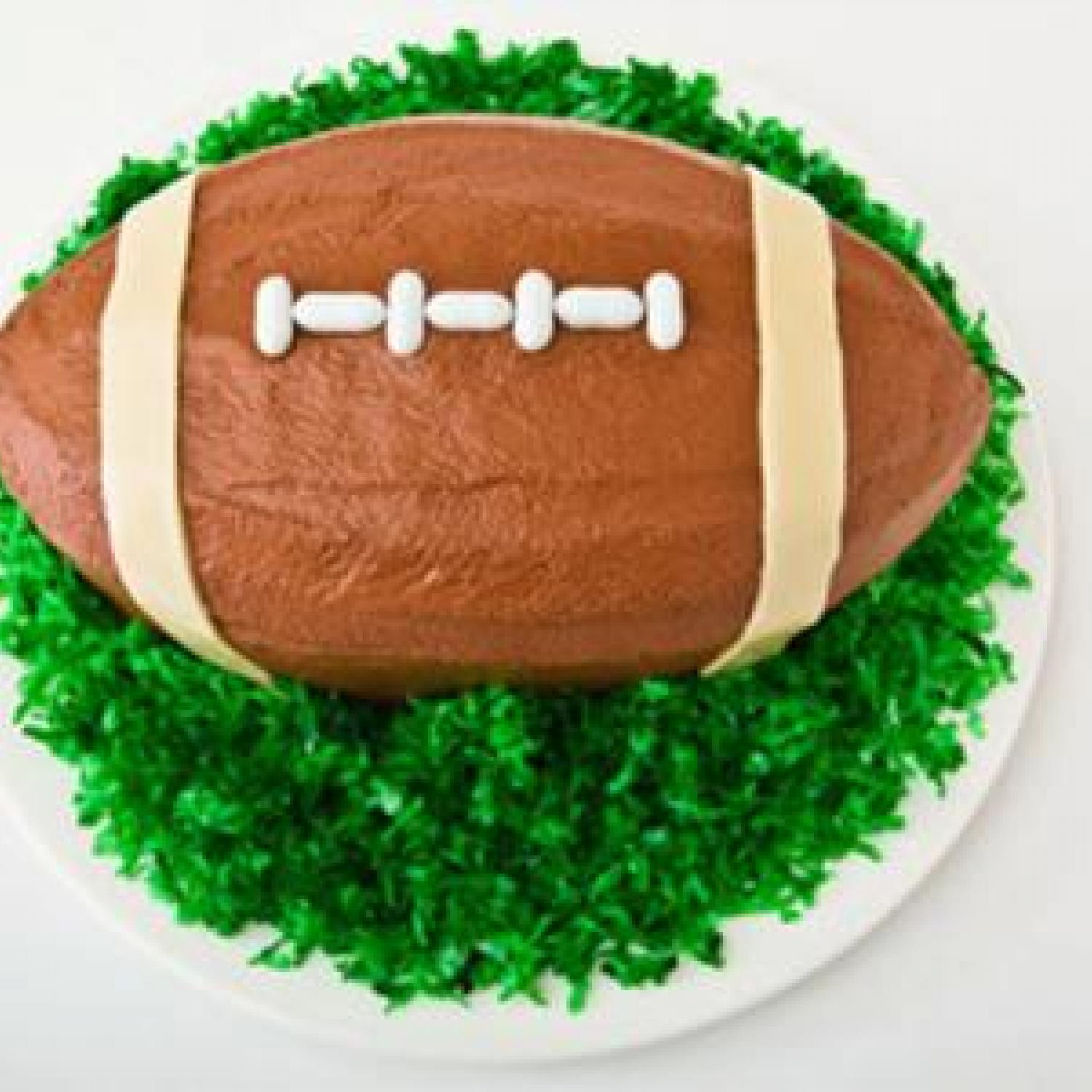 Cake Designs That Are Easy To Make : Football Birthday Cake Design Parenting