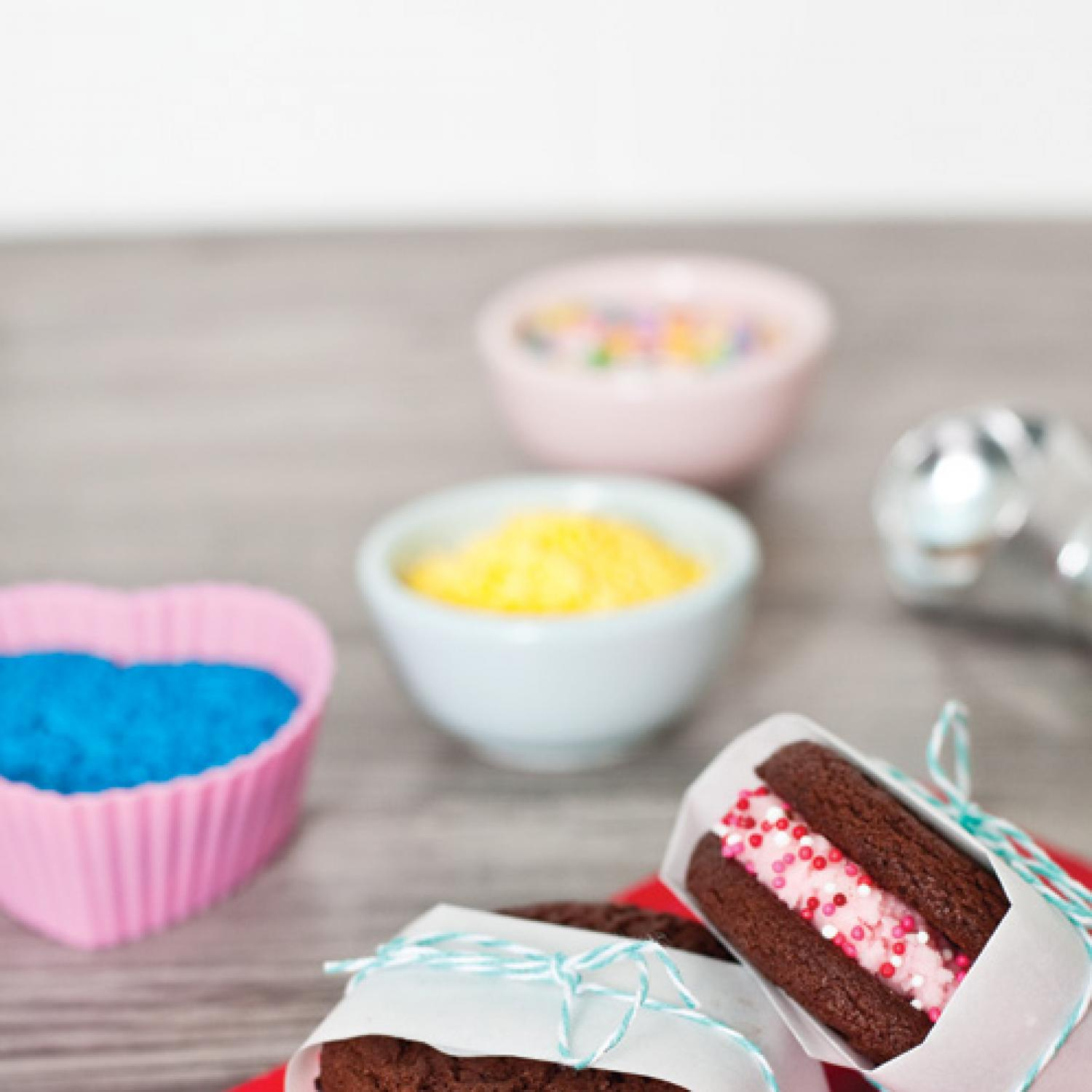 8 sweet valentine 39 s day ideas for kids parenting for Arts and crafts ideas for couples