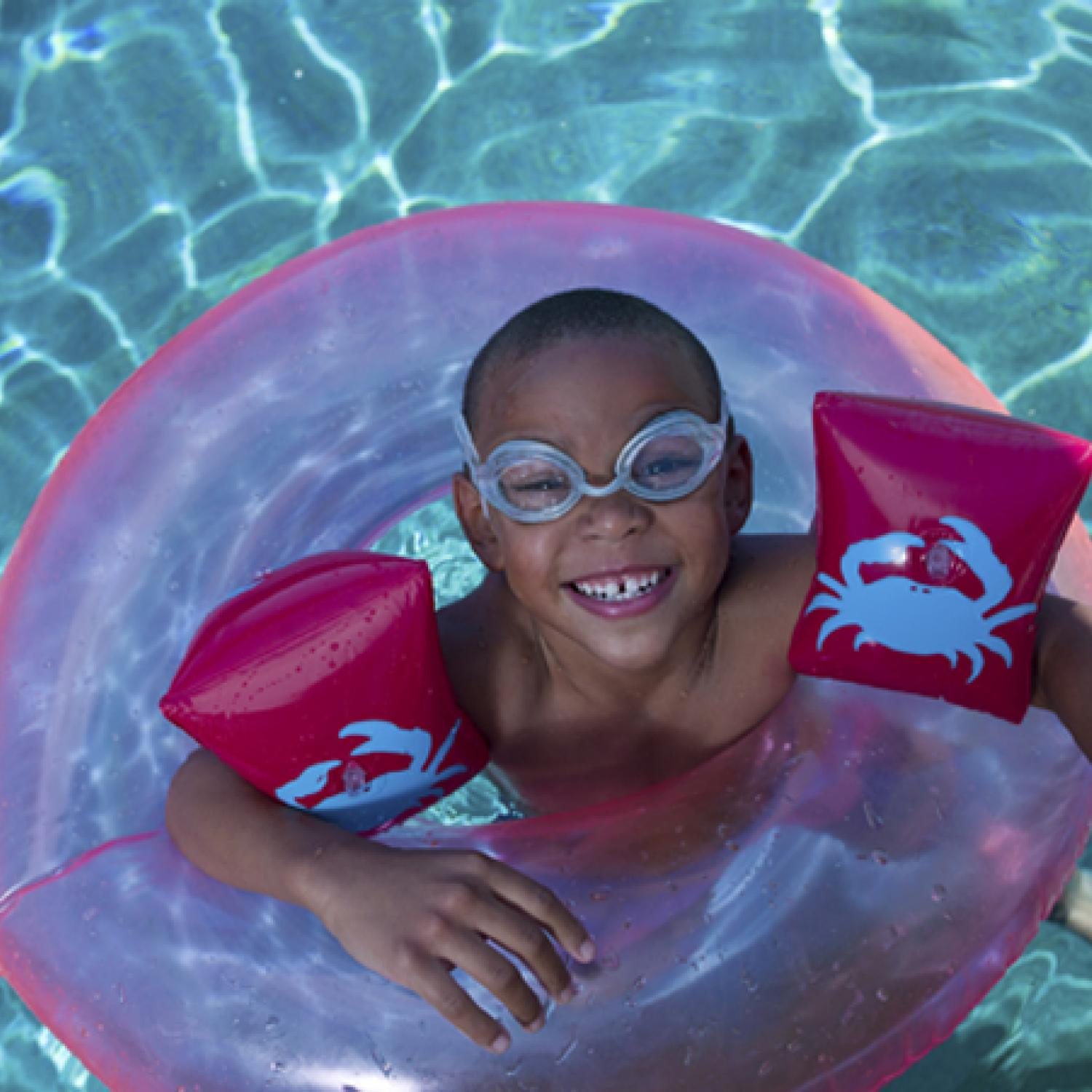 Swimming Pool Wings : Swimming with floaties and other water safety products