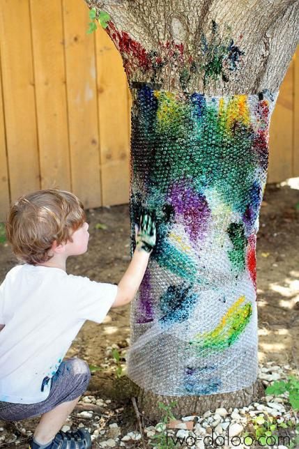 10 awesomely messy outdoor activities for kids parenting for Painting games com