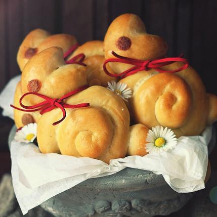 Move Over Easter Eggs Hello Cute Bunny Shaped Foods