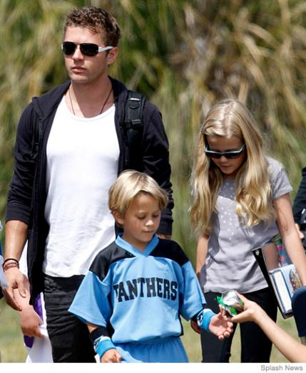 The Best Dressed Celebrity Dads - Celebrity Dads With The ...