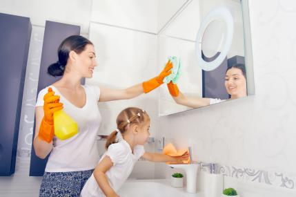 10 easy cleaning jobs for kids that will actually help you for Bathroom cleaning companies