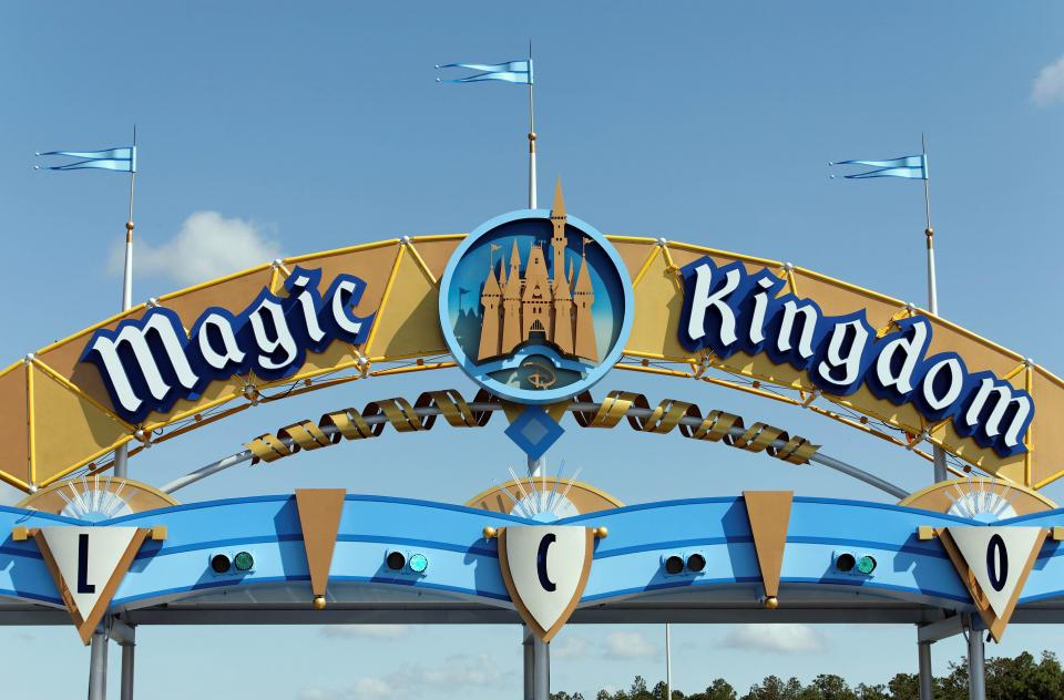 Best Places To Eat Dinner At Magic Kingdom With Kids