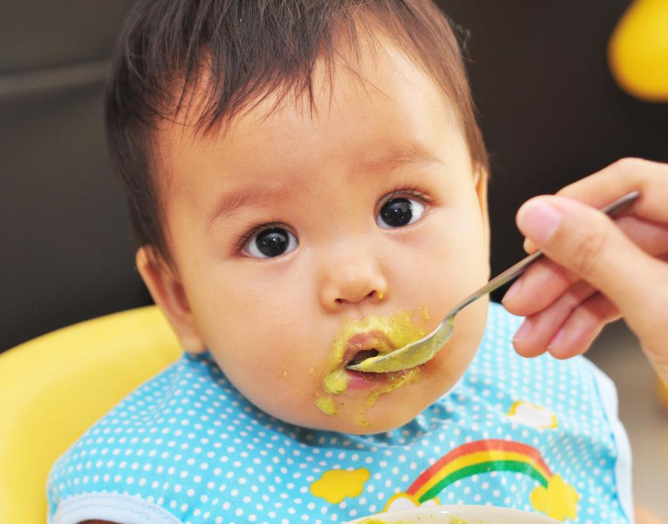 When Do Baby S Start Eating Solid Food