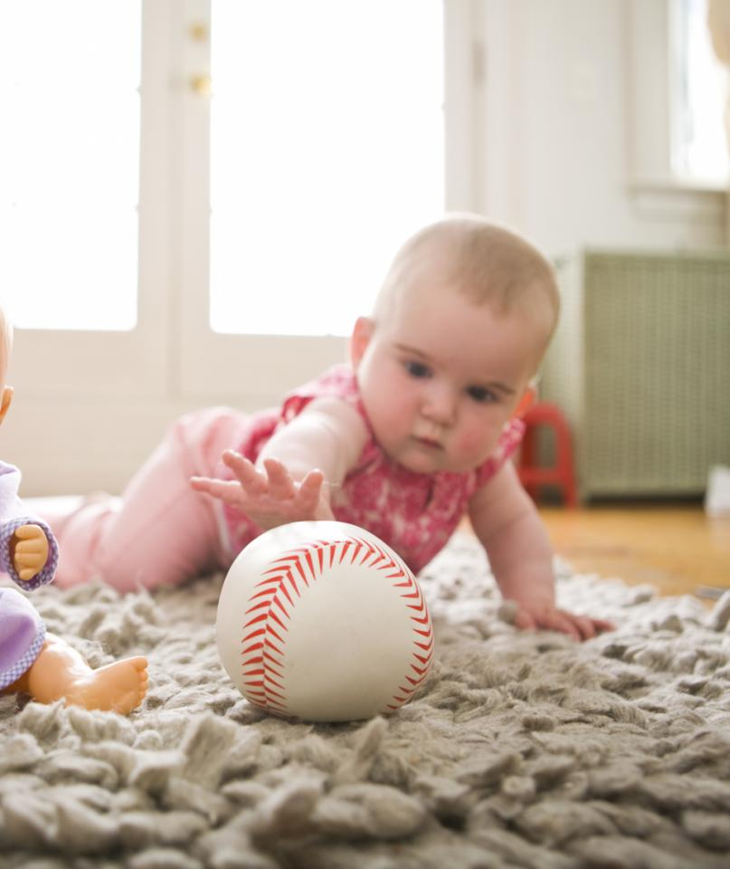 Baby Milestones When To Worry About Late Bloomers Parenting