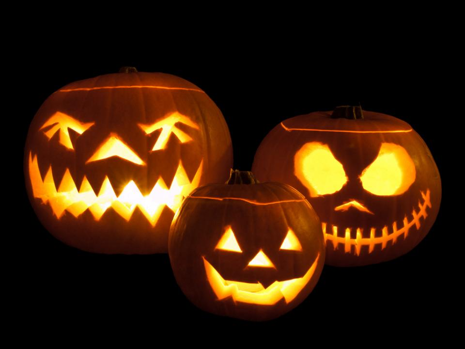 Halloween Fun Facts and Downloadable Candy Counter [INFOGRAPHIC ...
