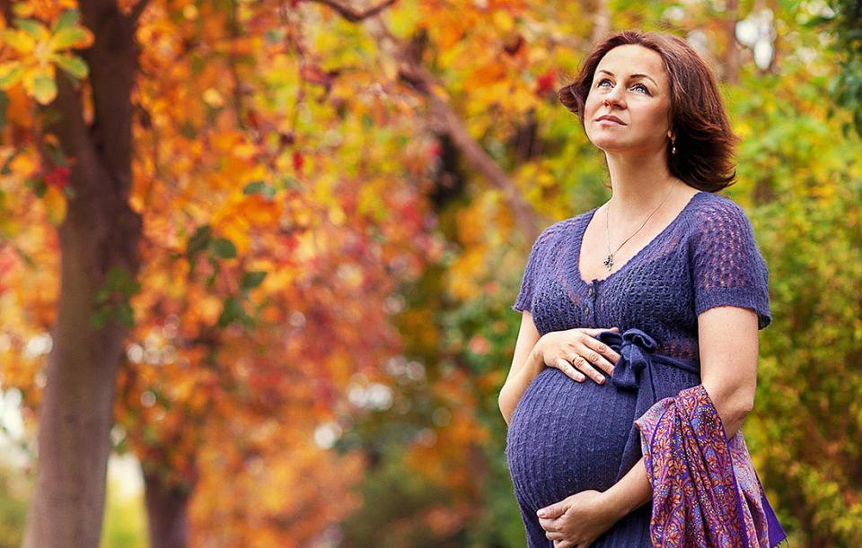 women who give birth later in life may live longer