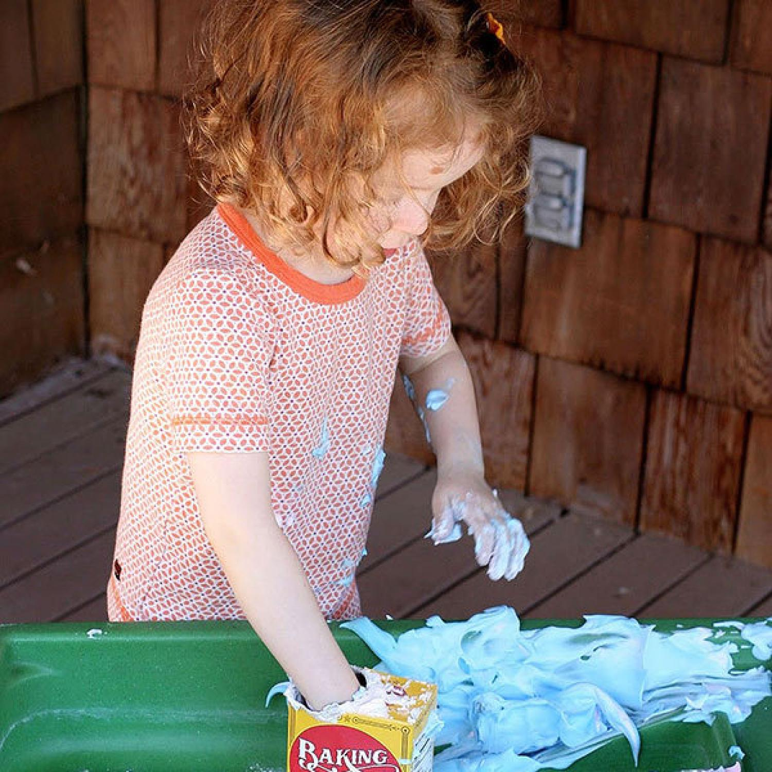 10 Awesomely Messy Outdoor Activities for Kids