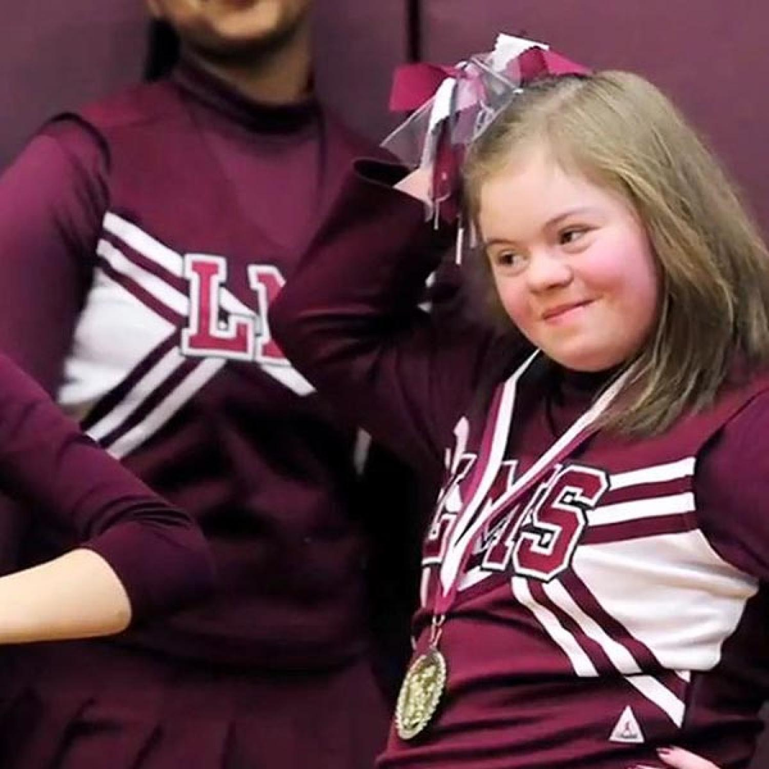 Team Confronts Kids Bullying Cheerleader With Down