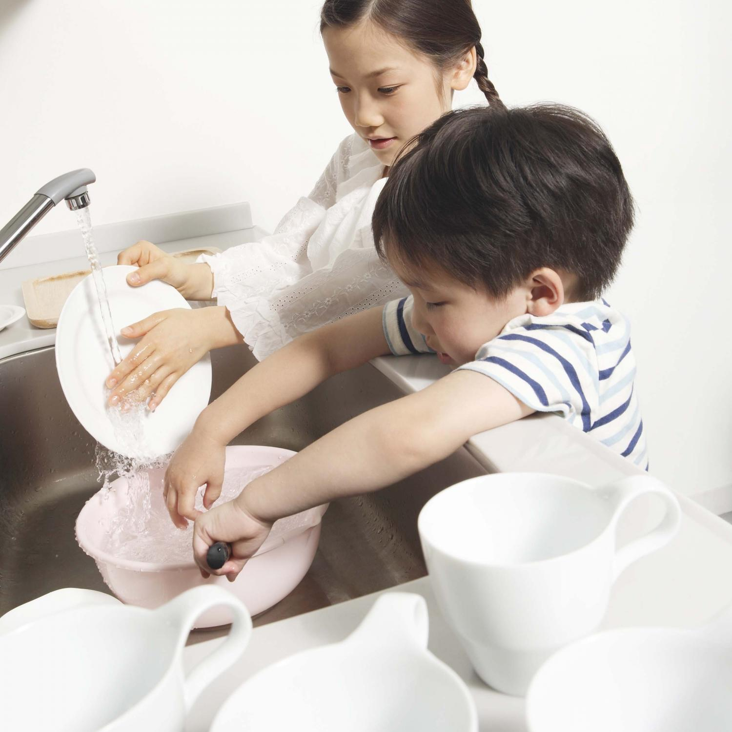 How Can We Help Kids With Self >> 9 Ways To Help Your Child Be More Self Sufficient Parenting