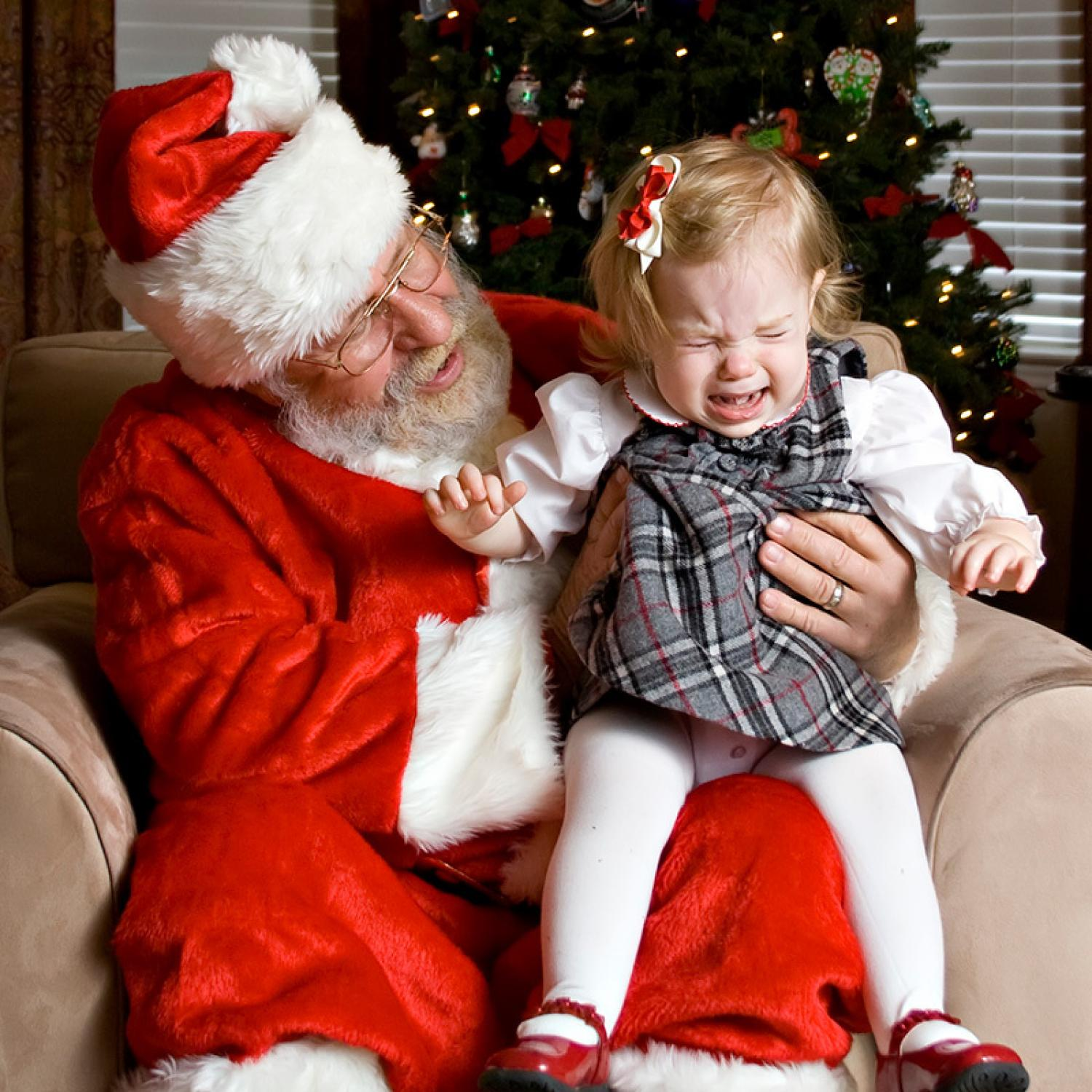 Why Forcing Kids To See Santa Is A Bad Idea Parenting
