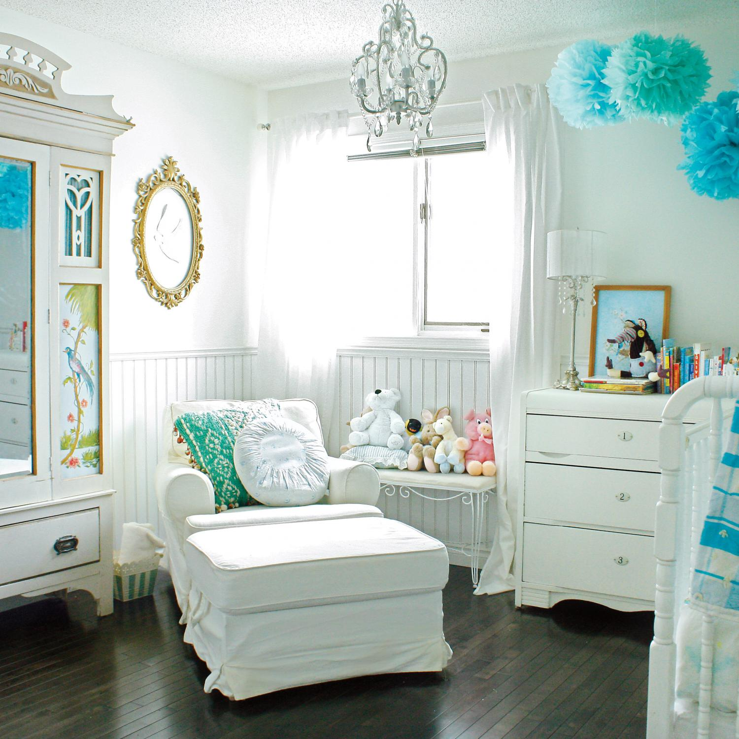Tips For Decorating A Small Nursery: Nursery Furniture Essentials