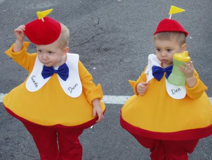 i wanted to come up with something original for my twins to be for halloween and came up with twiddle dee and tweedle dum they looked so cute