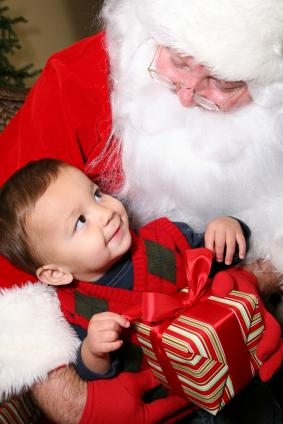 Tips and Traditions for Baby s First Christmas  03327ff7e237