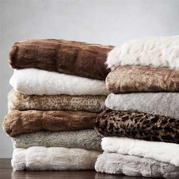 Luxury Gifts Mom & Dad Faux Fur Throw