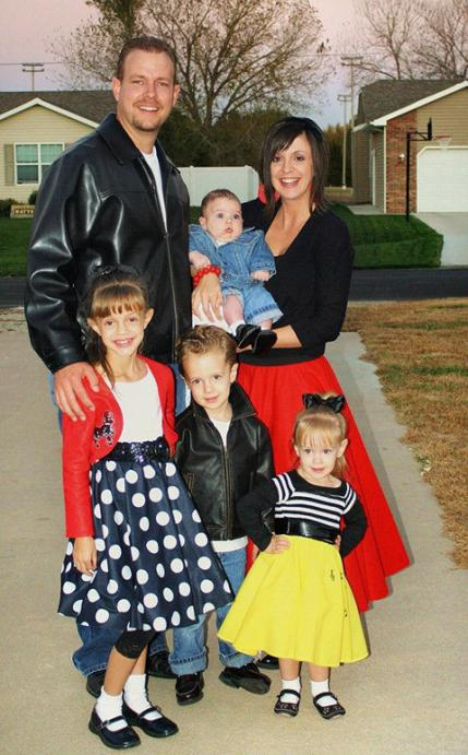 sc 1 st  Parenting & Family Halloween Costumes: Ideas for the Whole Family | Parenting