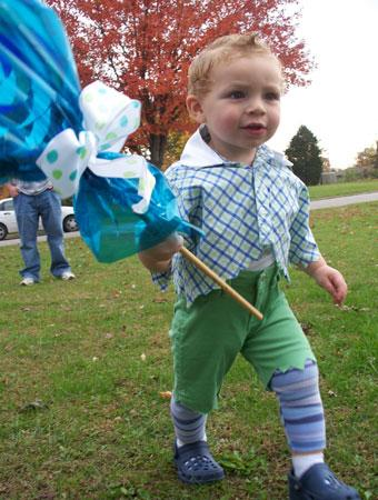 costume of the day the wizard of ozs lollipop guild