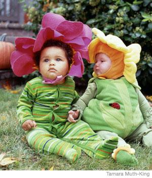 Baby Flower Costume  sc 1 st  Parenting & Baby Flower Costume | Parenting