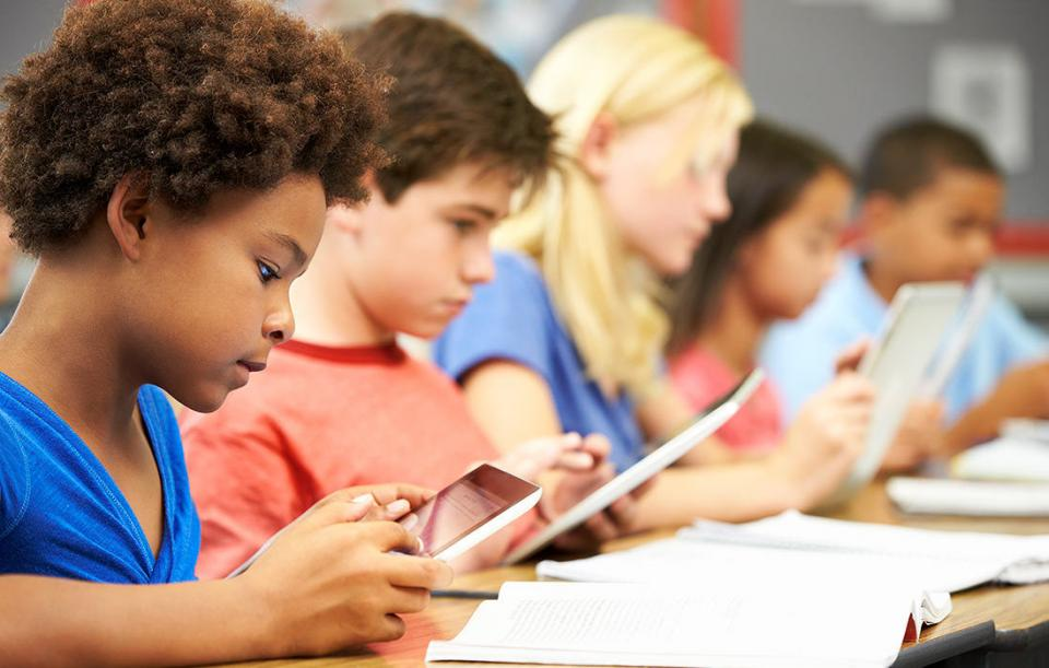 Are Tablets in the Classroom Helpful or Hurtful?