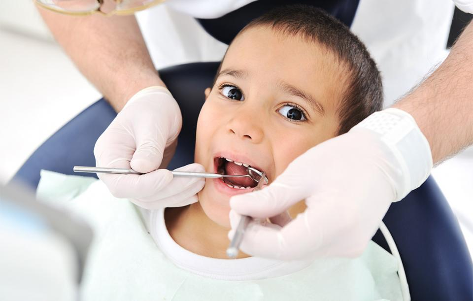 How to Keep Your Toddler Calm at the Dentist