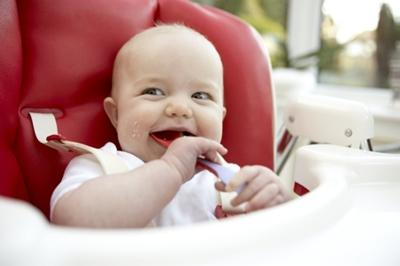 Guide to Starting Baby on Solids