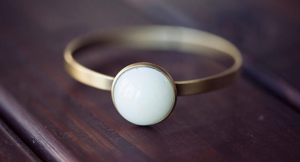 Breast Milk Jewelry Yes Seriously It S A Thing Parenting