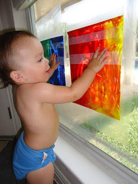 10 Clever Ways to Keep Your Tiny Toddler Busy