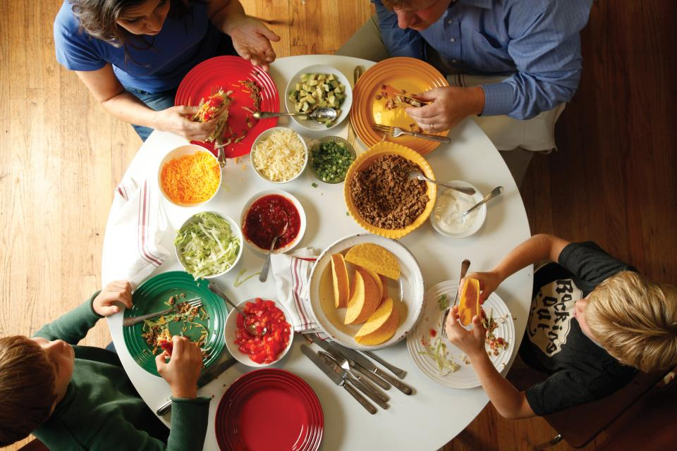 5 Steps to Getting Your Kid to Try a New Food
