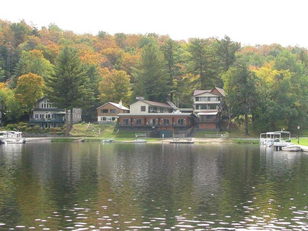 Cabins on Lake at Pine Knoll Lodge & Cabins in the Adirondacks